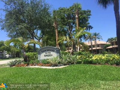 Coral Springs Condo/Townhouse For Sale: 9865 Riverside Dr #9-32