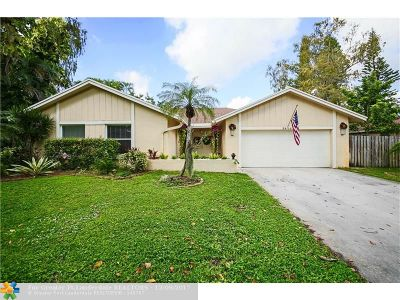 Coral Springs Single Family Home For Sale: 3816 NW 71st Dr