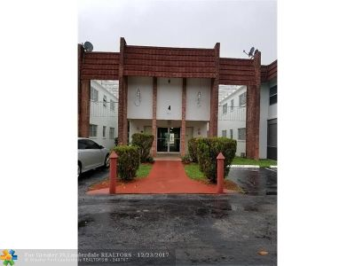 Lauderhill Condo/Townhouse For Sale: 4801 NW 22nd Ct #202