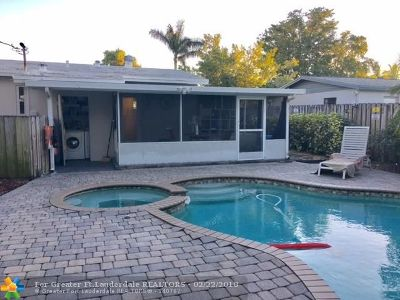Fort Lauderdale Single Family Home For Sale: 1051 SW 31st St