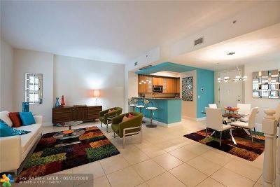 Wilton Manors Condo/Townhouse For Sale: 2617 NE 14th Avenue #102
