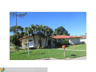 Broward County Single Family Home For Sale: 1800 NW 88th Way