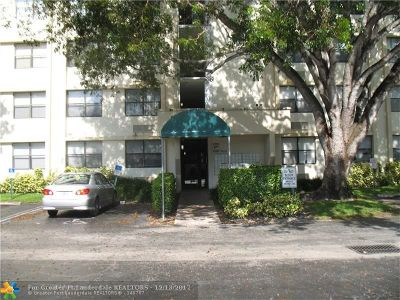 Coral Springs Condo/Townhouse For Sale: 2501 Riverside Dr #A218