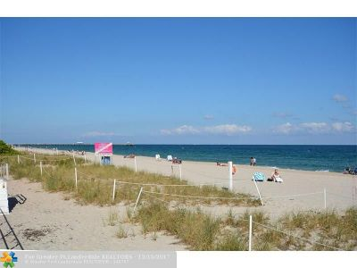 Lauderdale By The Sea Condo/Townhouse For Sale: 4050 N Ocean Dr #1202