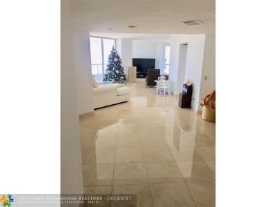 Aventura Rental For Rent: 21205 Yacht Club Dr #3102