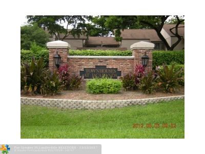 Plantation Condo/Townhouse For Sale: 847 NW 80th Way #847