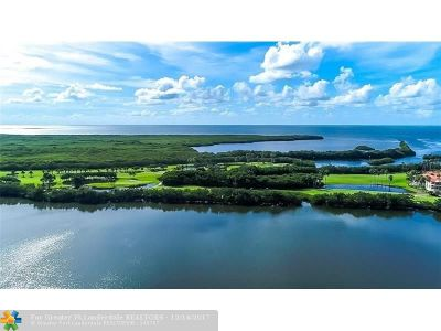 Coral Gables Condo/Townhouse For Sale: 13635 Deering Bay Dr #283