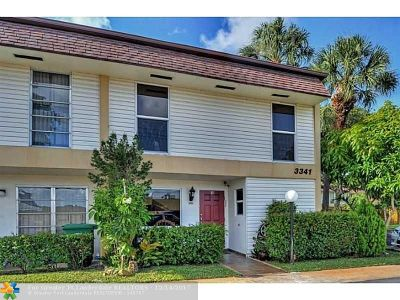 Broward County Condo/Townhouse For Sale: 3341 Raleigh St #2H