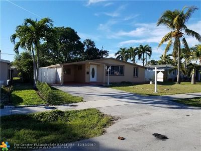 Broward County Single Family Home For Sale: 5931 NE 2nd Ter