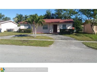 North Lauderdale Single Family Home For Sale: 320 SW 77th Ter