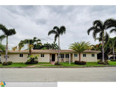 Hollywood Single Family Home For Sale: 725 S 11th Ave