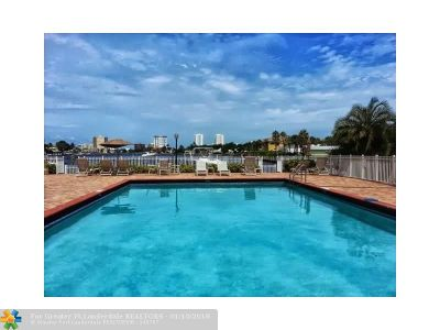Broward County, Collier County, Lee County, Palm Beach County Rental For Rent: 740 S Federal Hwy #607