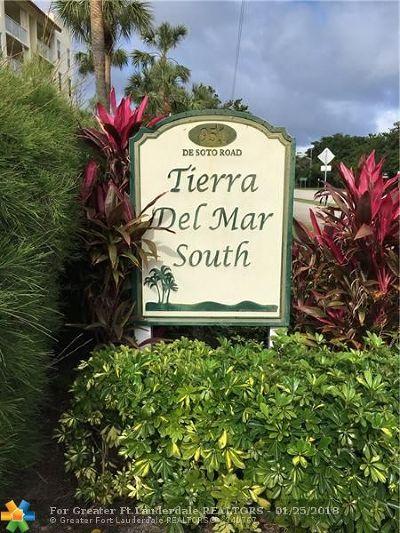 Boca Raton Condo/Townhouse For Sale: 951 De Soto Rd #531