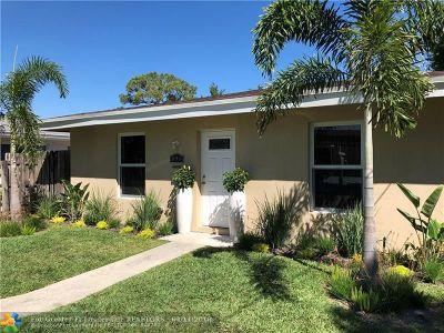 Oakland Park Single Family Home For Sale: 899 NE 33rd St