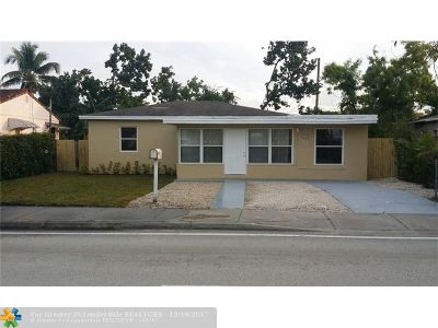 Miami Single Family Home For Sale: 402 NW 103rd St
