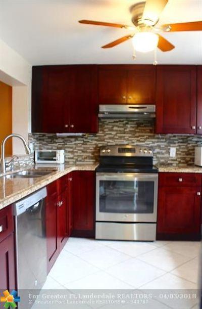 Dania Condo/Townhouse For Sale: 131 SE 3rd Ave #207