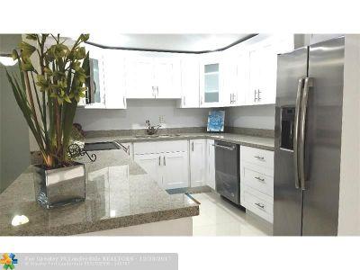 Miami Condo/Townhouse For Sale: 1651 NE 115th St #14C