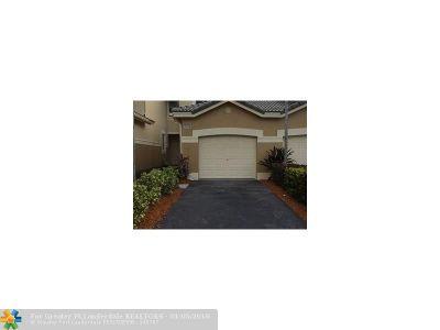 Weston Condo/Townhouse Backup Contract-Call LA: 2088 Hacienda Ter #2088