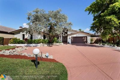 Seven Isles Single Family Home For Sale: 2511 Barcelona Dr