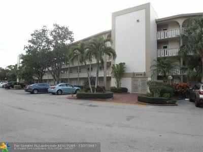 Coconut Creek Condo/Townhouse For Sale: 2006 Granada Dr #K3