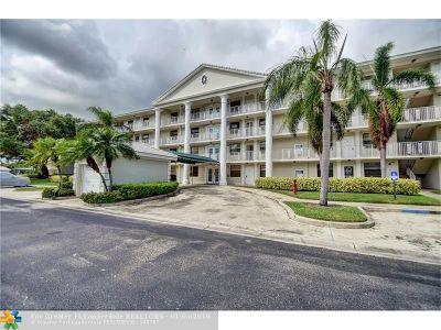 Boca Raton Condo/Townhouse For Sale: 6109 Balboa Cir #204