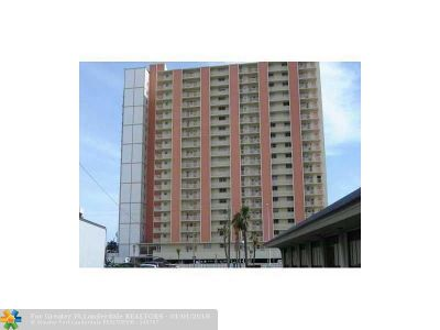 Pompano Beach Condo/Townhouse For Sale: 750 N Ocean Blvd #305