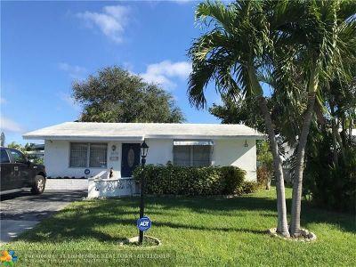 Pompano Beach Single Family Home For Sale: 2670 E Golf Blvd