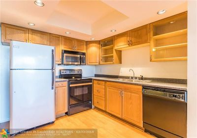 Condo/Townhouse Backup Contract-Call LA: 1800 N Andrews Ave #6J