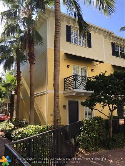 Wilton Manors Condo/Townhouse For Sale: 2255 NE 9th Ave #2255