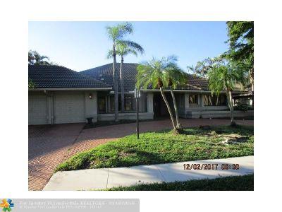 Boca Raton Single Family Home For Sale: 7492 Mandarin Dr