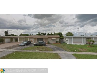 Sunrise Single Family Home For Sale: 6701 NW 25th St
