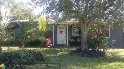 Pompano Beach Single Family Home For Sale: 1714 NE 49th Ct