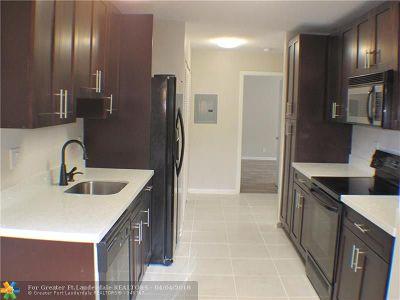 Coconut Creek Condo/Townhouse For Sale: 4455 S Carambola Cir S #2609