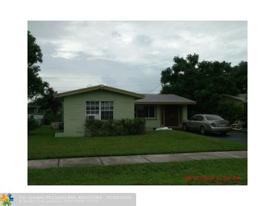 Lauderhill Single Family Home For Sale: 3130 NW 4th Pl