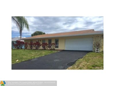 Delray Beach Single Family Home For Sale: 727 Place Tavant