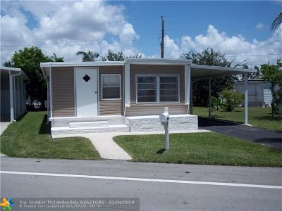 Davie Single Family Home For Sale: 8525 SW 18th St