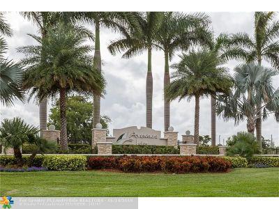 Miami Single Family Home For Sale: 663 NE 191st Ter