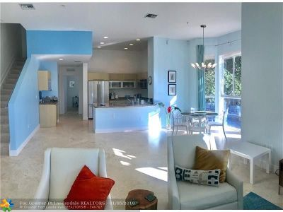 Fort Lauderdale Condo/Townhouse For Sale: 323 NE 7th St #323
