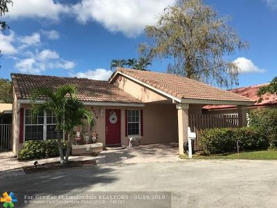 Coral Springs Single Family Home For Sale: 9074 Shadow Wood Blvd