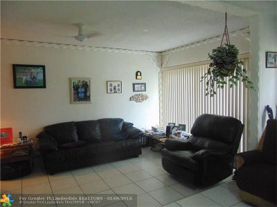 North Lauderdale Single Family Home Backup Contract-Call LA: 8201 SW 5th St