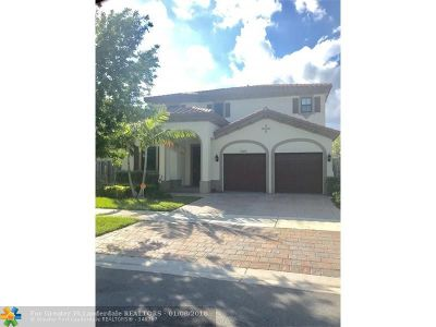Miami Single Family Home For Sale: 17680 SW 154th Pl