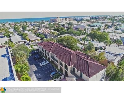 Lauderdale By The Sea Condo/Townhouse For Sale: 4611 Poinciana St #1
