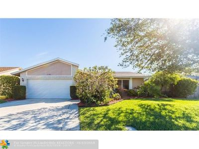 Deerfield Beach Single Family Home For Sale: 1156 SW 26th Ter