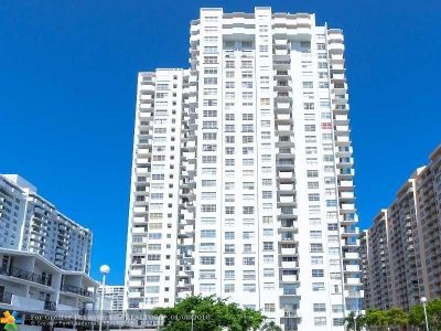 Aventura Condo/Townhouse For Sale: 2750 NE 183rd St #PH06