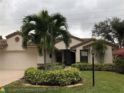 Boynton Beach Single Family Home For Sale: 8411 Leeway Ln