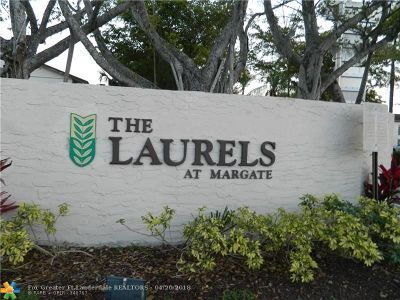 Margate Condo/Townhouse For Sale: 380 E Laurel Dr #4D