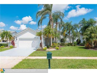 Boca Raton Single Family Home For Sale: 10795 Boca Woods Ln