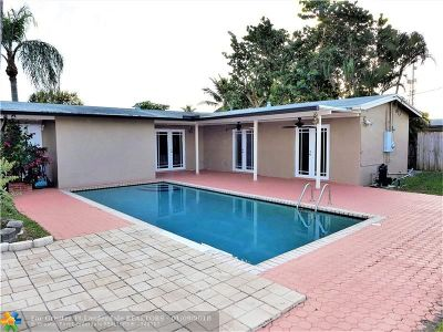 Hollywood Single Family Home For Sale: 7831 Hood St
