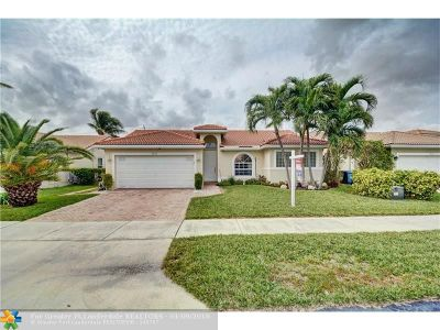 Oakland Park Single Family Home For Sale: 4451 NW 20th Ave
