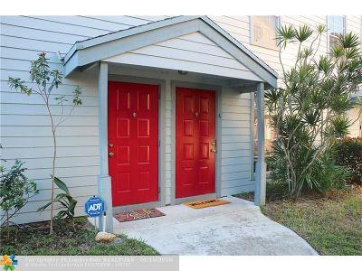 Boca Raton Condo/Townhouse For Sale: 5095 Heatherhill Ln #6